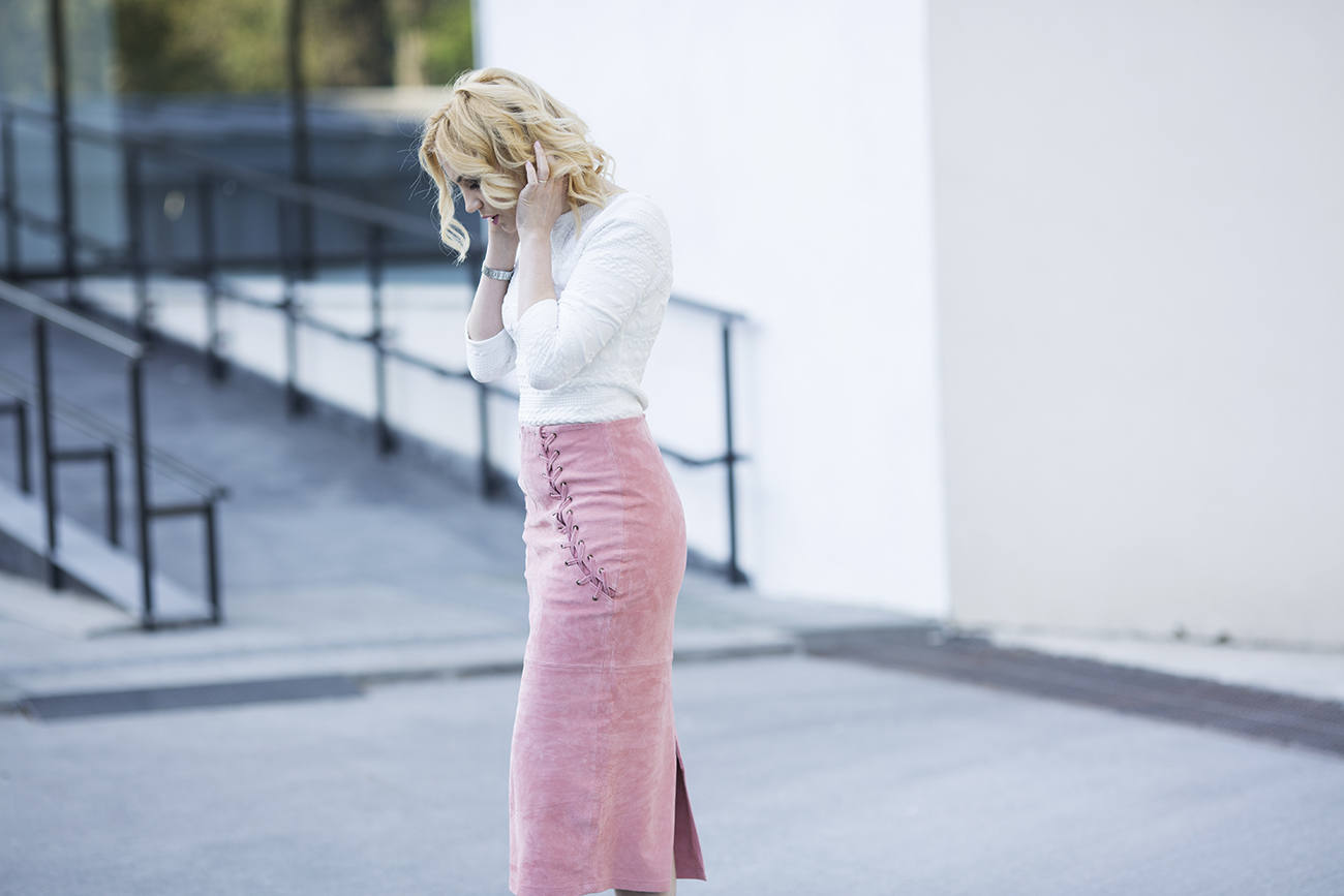 PINK LACE SUEDE SKIRT
